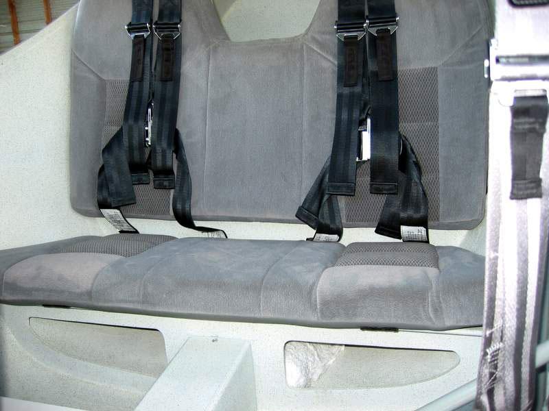 glastar-baumer_rear_seats-6259