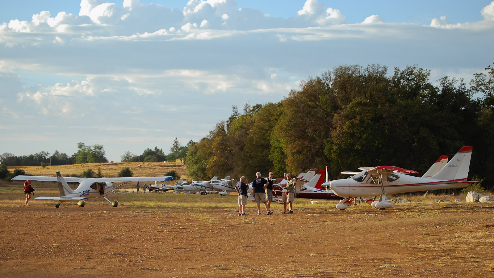 18 aircraft flew to Columbia, CA, for the 8th Annual GlaStar & Sportsman Fly-In, including 12 GlaStars, 4 Sportsmans, a Zodiac and RV-9A. Photo: Dave Ammenti.