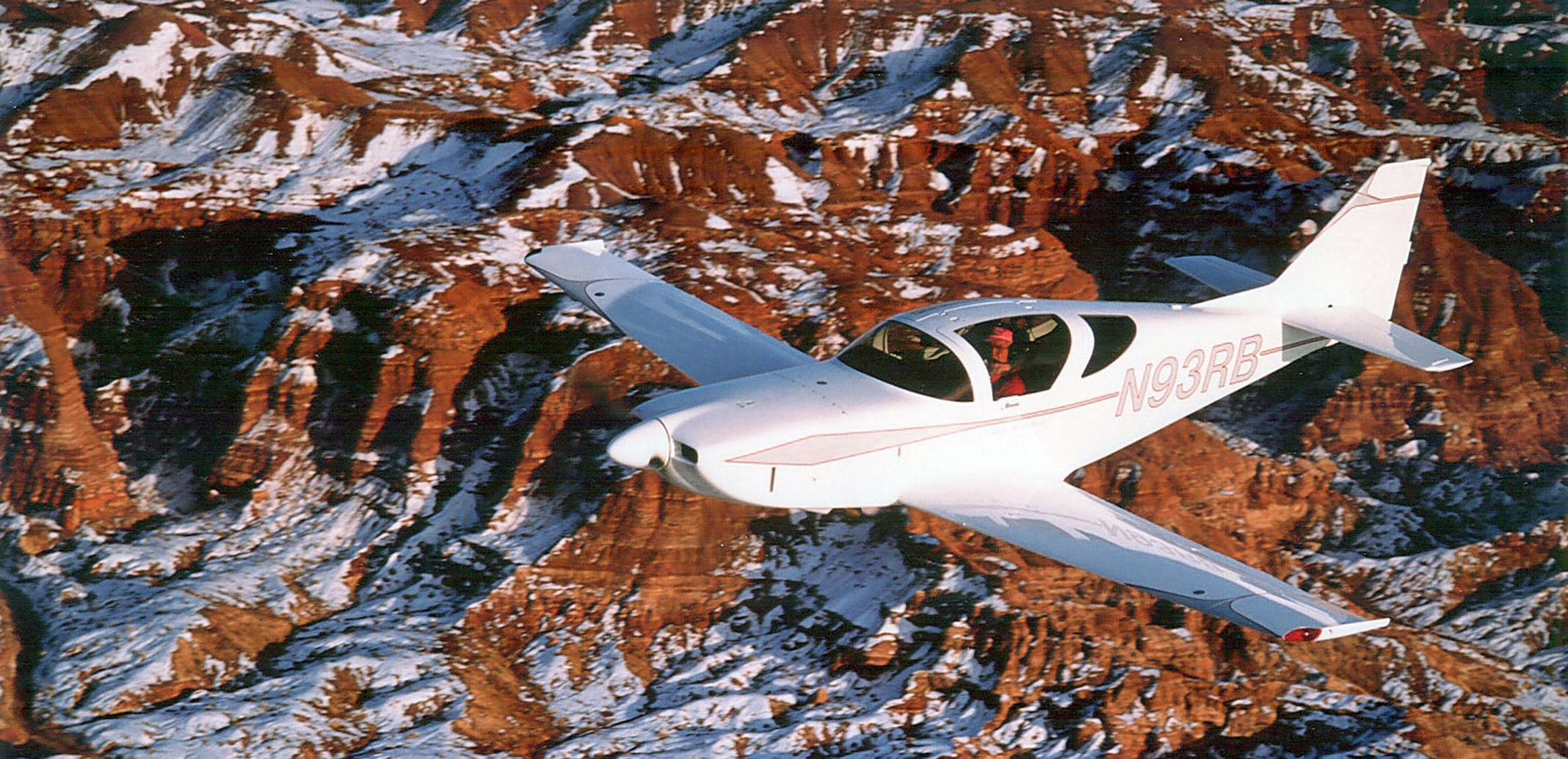 Glasair-III-over-mountians