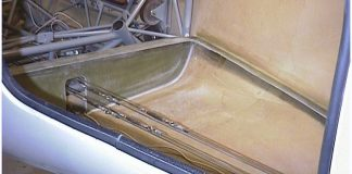 GlaStar baggage floor supporting flange
