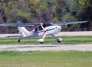 Tom Flemming's GlaStar on landing. (Photo: Dave Prizio)