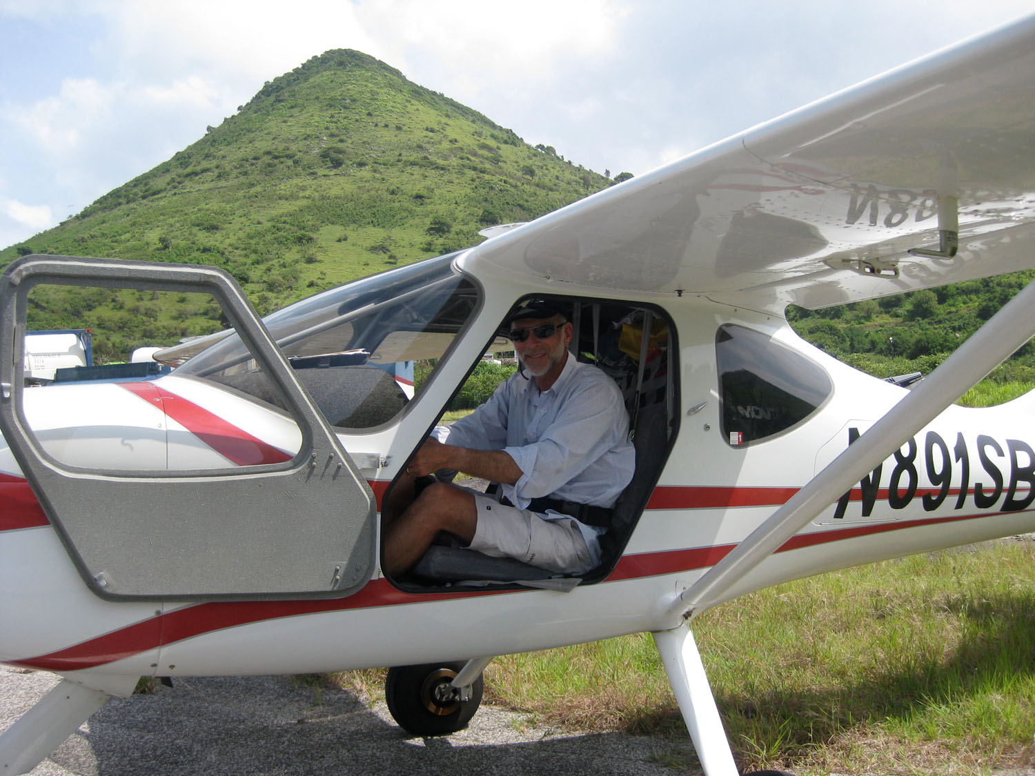 Caribbean flight in a GlaStar