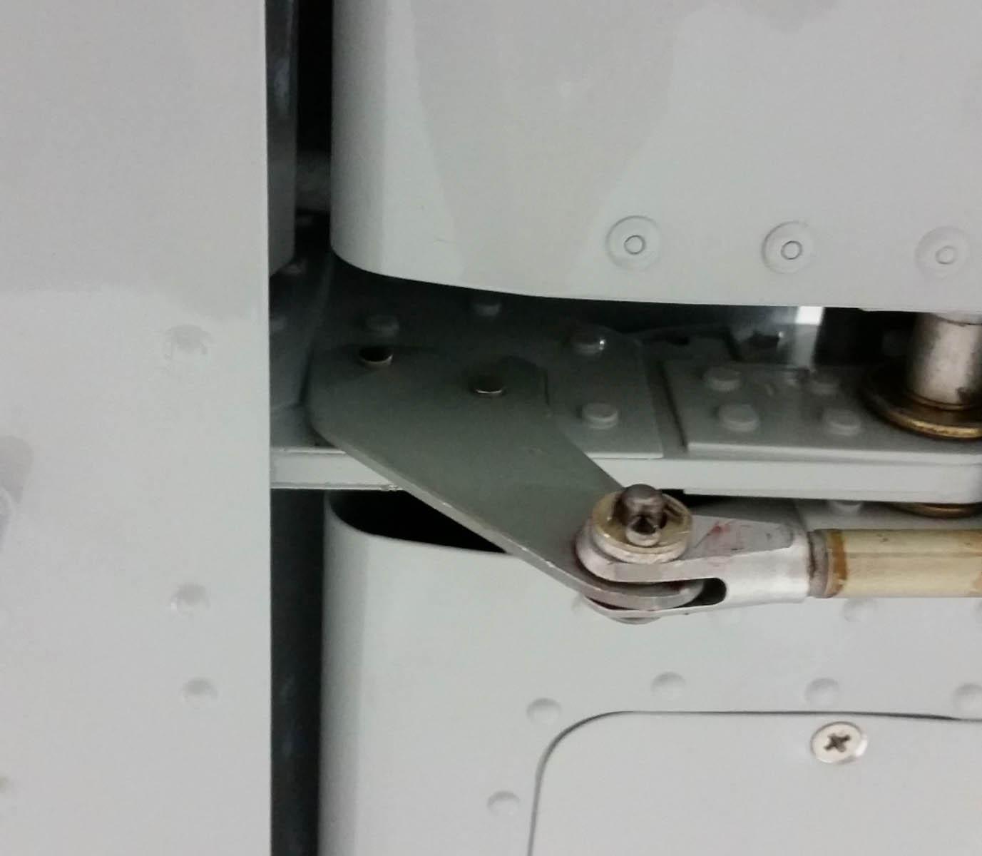 left trim tab