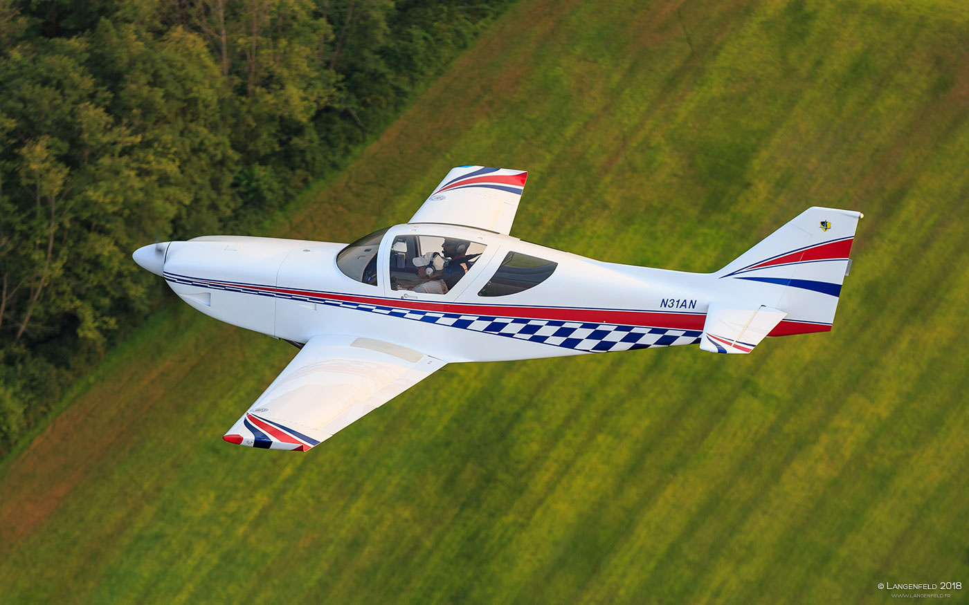 The author's Glasair III N31AN.